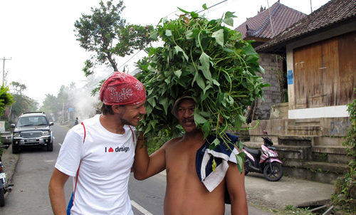 Aart Meeting Up With a Green Minded Local in Bali, Indonesia